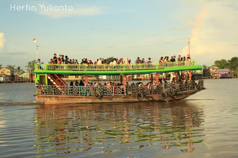Kapal Wisata Sungai kapuas Pontianak