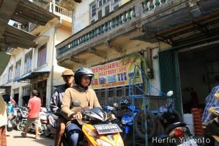 Ingat Budi di Pasar Tengah Pontianak _hy