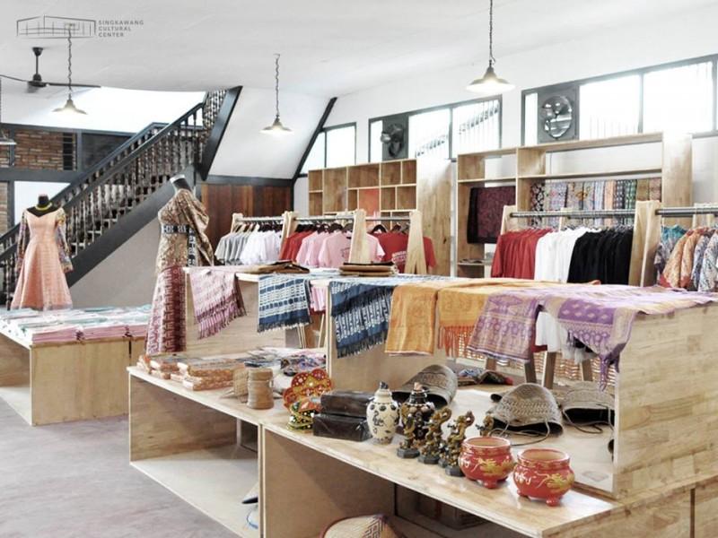 www.tamasyapuriwisata.com SOEVENIR SHOP Singkawang Cultural Centre