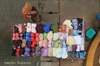 Fashion Wanita di Pasar Tengah Pontianak _hy
