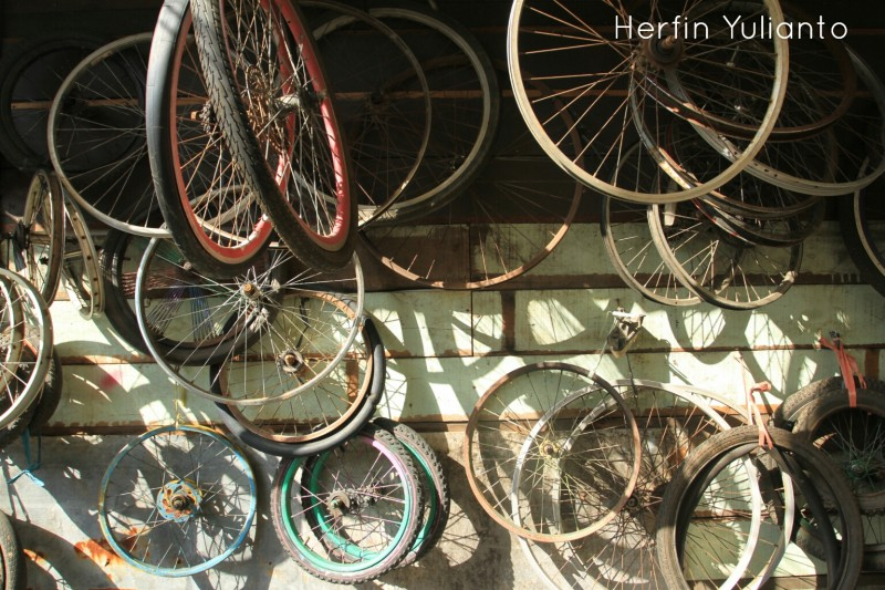 Loakan Roda Sepeda di Pasar Tengah Pontianak _hy