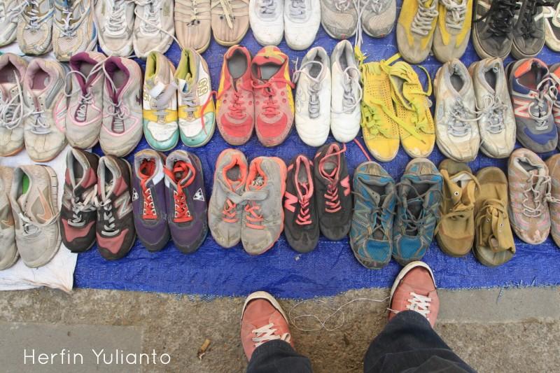 Loakan Sepatu di Pasar Tengah Pontianak _hy