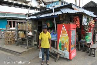 Plang Jalan Gusti Ngurah Rai di Pasar Kapuas Indah Pontianak _hy