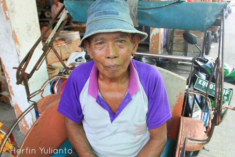 Portrait 4 di Pasar Tengah Pontianak _hy