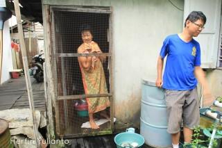 Mama Jony dan Jony di Gang Asean Jalan Tanjungpura Pontianak _hy