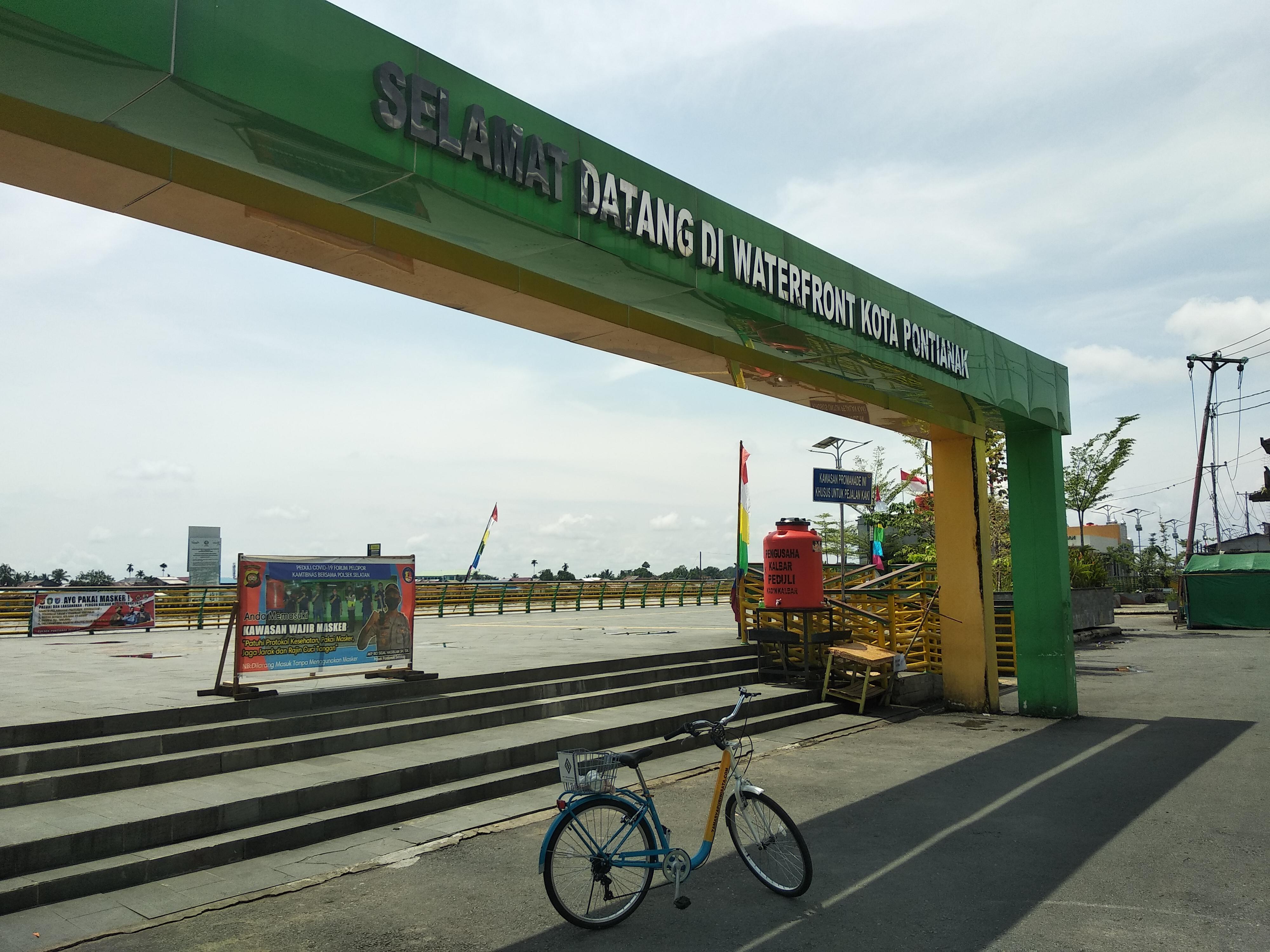 Waterfront Pontianak - Bicycle Tour & Rental Pontianak