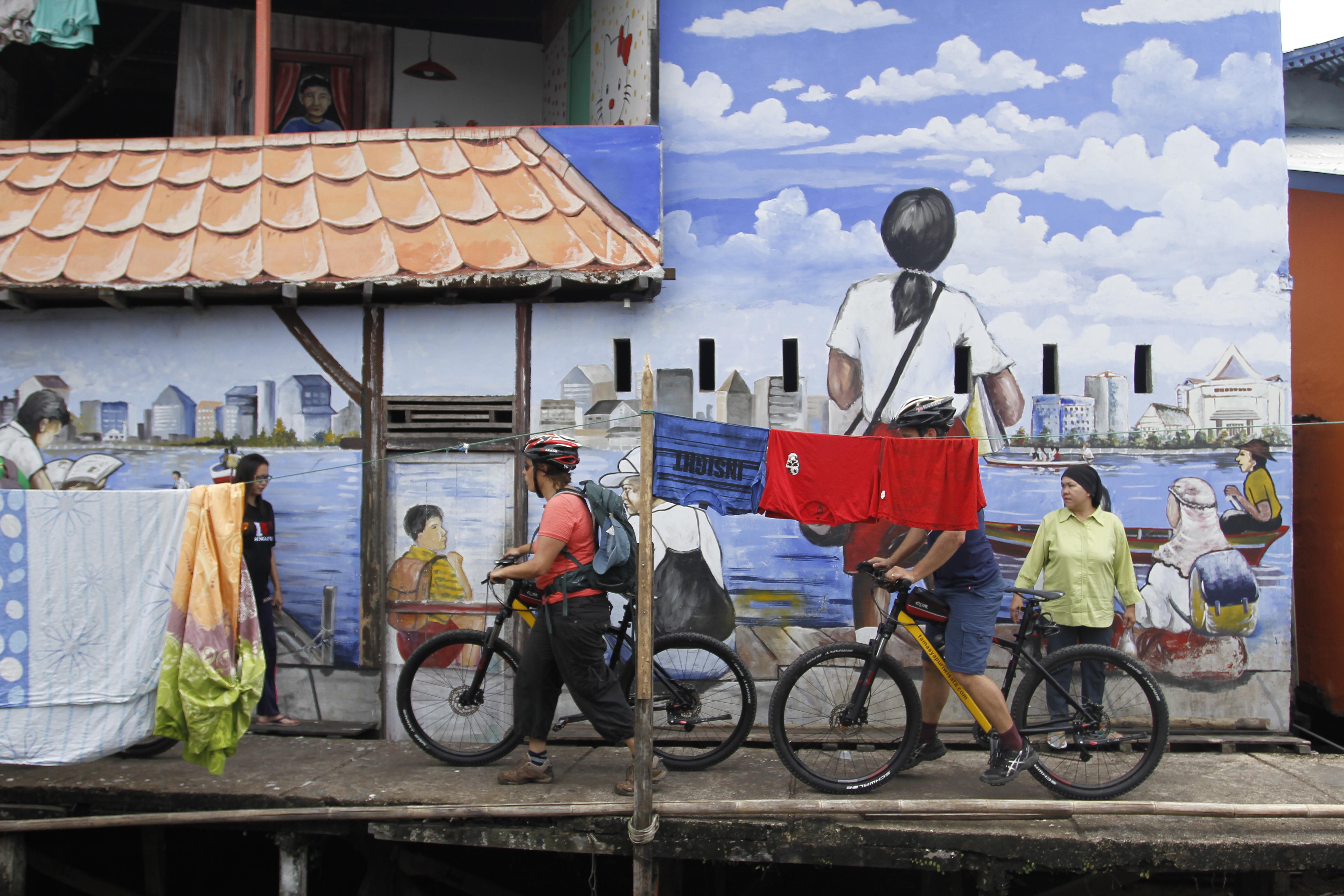 Pontianak Cycling Tour @ Kampung Sampan